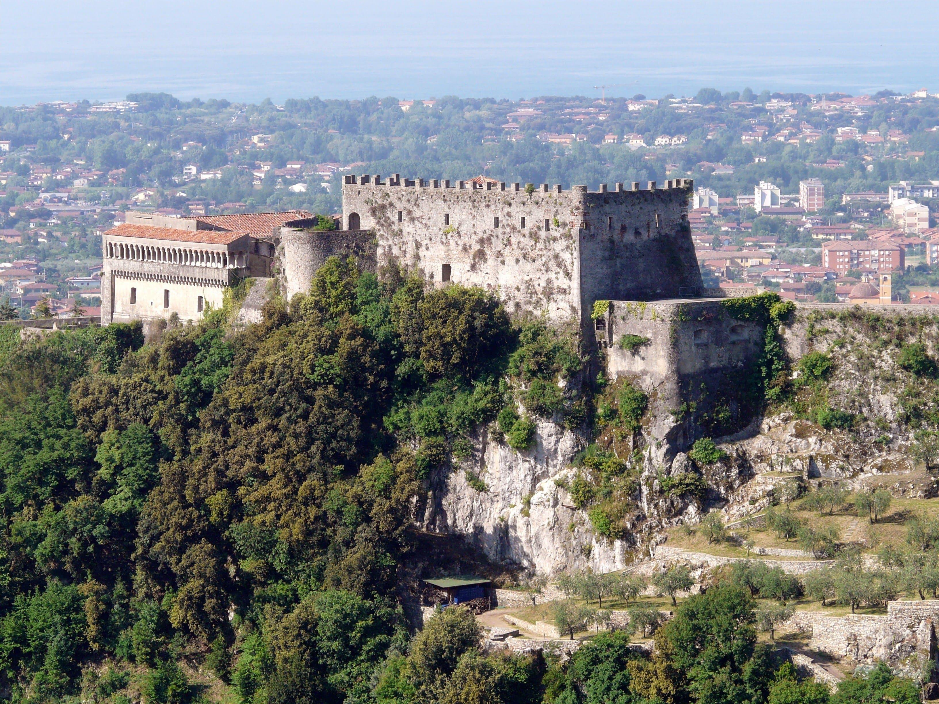 Allunga la tua trasferta sportiva… visita la città di Carrara!